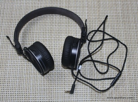 Gear Diary iLuv RF Headphones 041