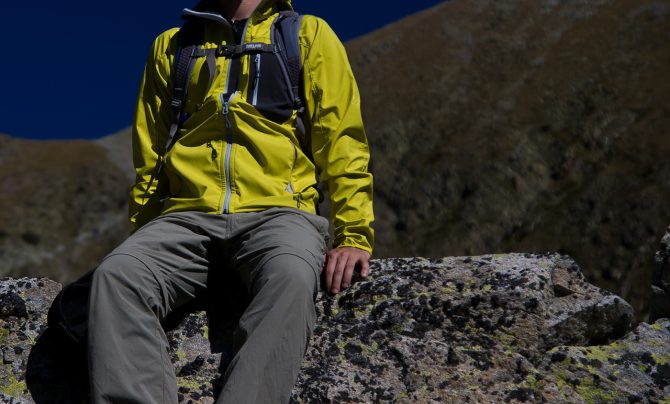 Mammut-ultimate-light-hoody-front-featured