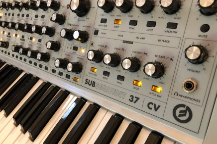 Moog Subsequent 37 CV monophonic analog synthesizer – Gearjunkies review