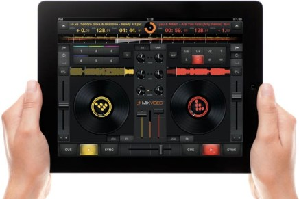 MixVibes Release CrossDJ For iPad