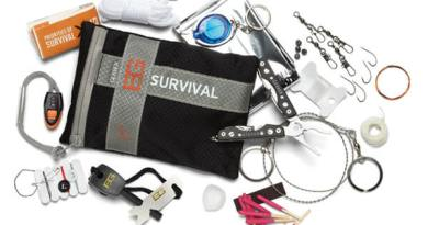 Gerber-Bear-Grylls-Ultimate-Kit-31-000701-600x428
