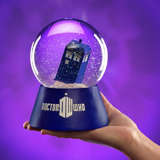 Doctor Who TARDIS Snowglobe - Geek Decor