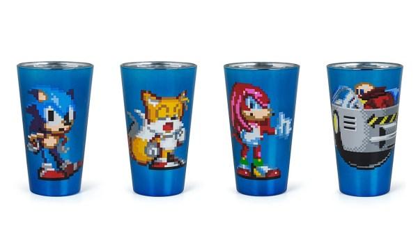 Pixelated Sonic Pint Glass Set - Geek Decor