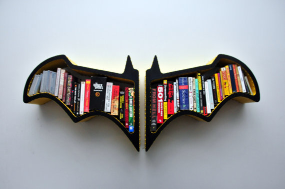 Batman Batsymbol Bookshelf - Geek Decor