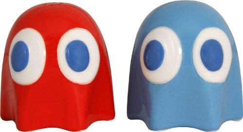 Pac-Man Salt and Pepper Shakers - Geek Decor