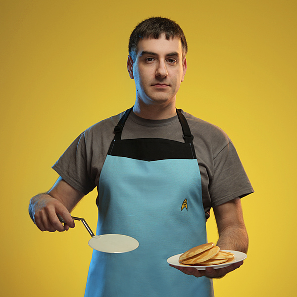 Star Trek Starfleet Apron In Use - Geek Decor