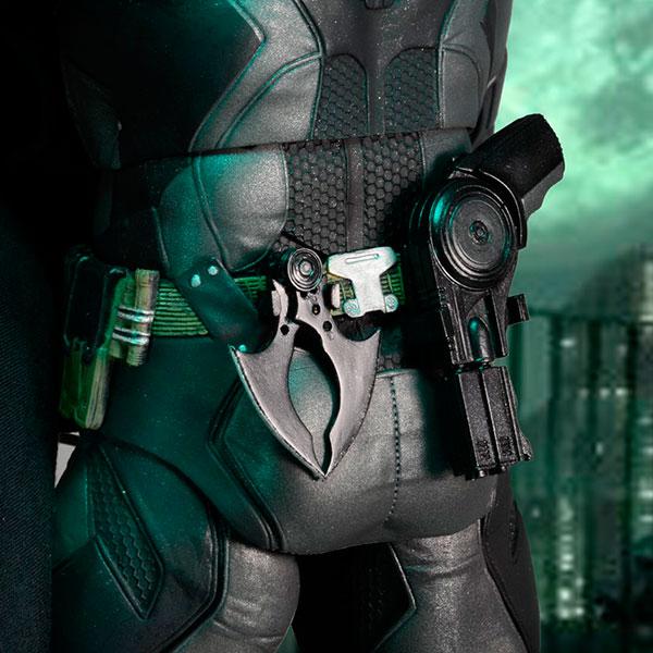 Batman Arkham Knight Back Detail - Geek Decor