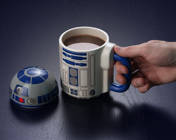 R2-D2 Lidded Mug With Lid Popped Off - Geek Decor