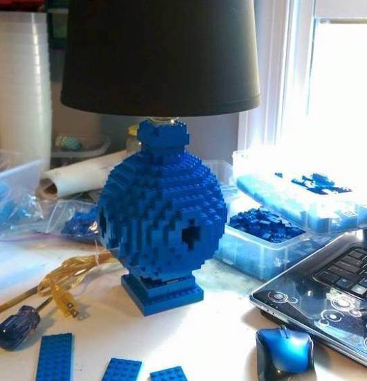 DIY Lego Lamp - Geek Decor