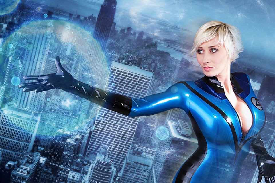 Invisible Girl cosplay by Marie Claude Bourbonnais
