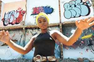 Tamara Franklin renova o rap e apresenta discurso em defesa da mulher negra
