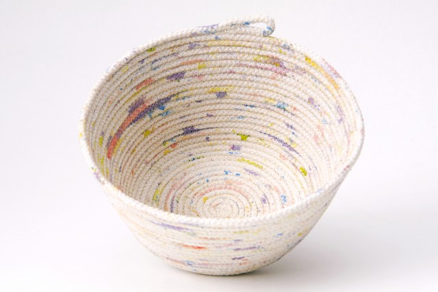 diy-rope-bowl-a-pair-and-a-spare-200-640x426