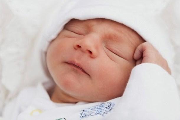 Genitorialmente   scambio di neonati-scambio in culla