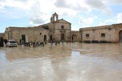 chiesa piazza marzamemi siracusa