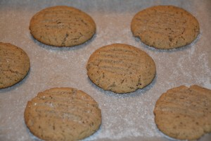 Old Fashioned Nut Butter Cookies