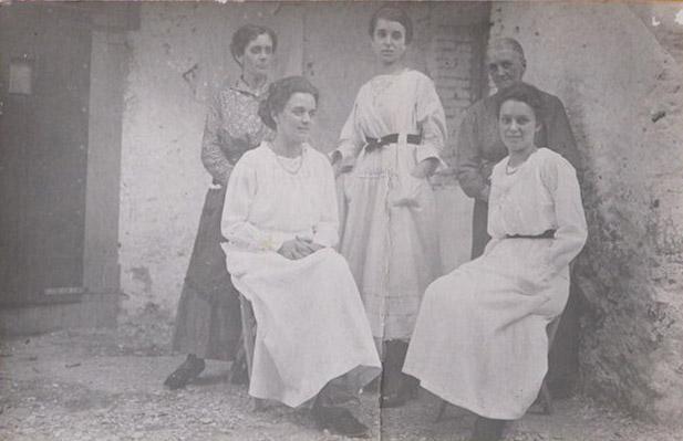 1916 - Zie con la Nonna paterna