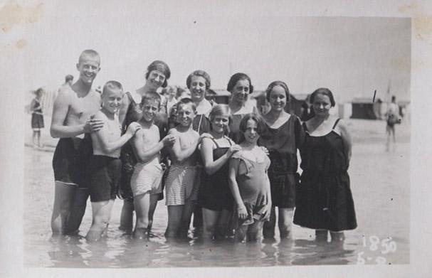 Grado 1924 – Fam. Pettarin, Sig. Bregani, Marucci e Nino