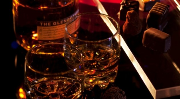 i-r_650_357-whisky-and-chocolate-master-class-whiskychocolate