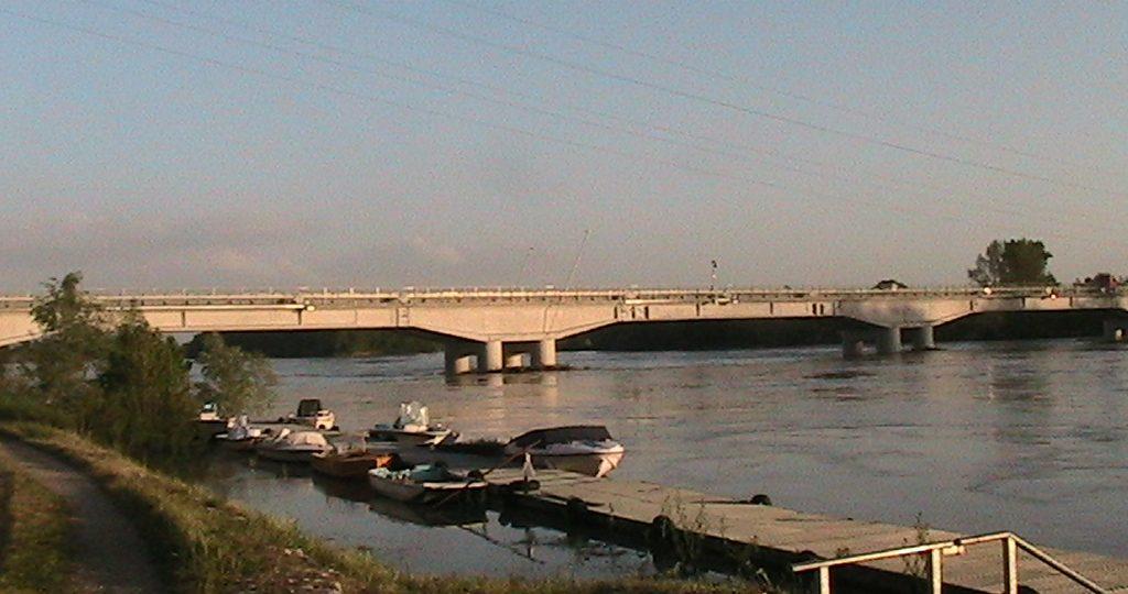 Casalmaggiore_Ponte_sul_fiume_Po_in_piena
