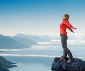Reif für die Berge? Richtige Bergschuhe mit Profil, deine Reifen ebenso (Foto: andreusK/ Fotolia.com)