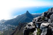 Blick vom Tafelberg auf den Lion's Head, Kapstadt, Südafrika