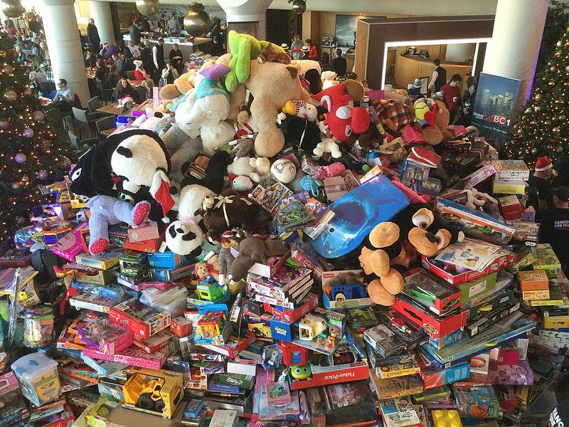 xmaswishbreakfast toys