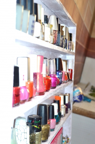 Make Your Own DIY Nail Polish Holder Rack  new year resolution NaIL POLISH RACK nail polish organizer nAIL POLIAH HOLDER diy mAKE YOUR OWN NAIL POLISH RACK hOW TO MAKE NAIL POLISH HOLDER RACK