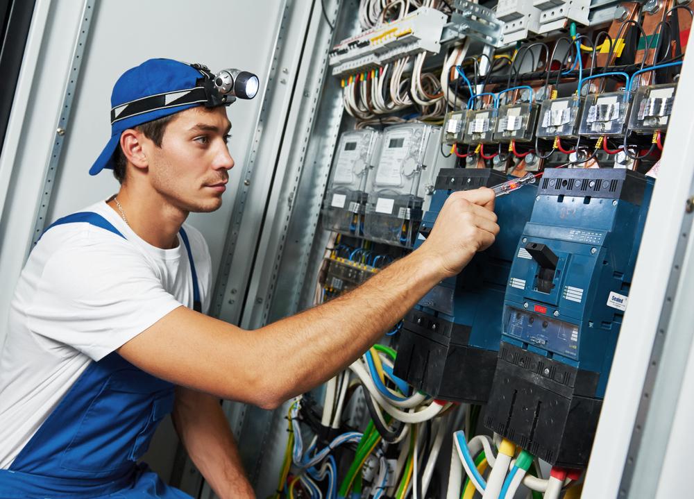 electricianworker-v2