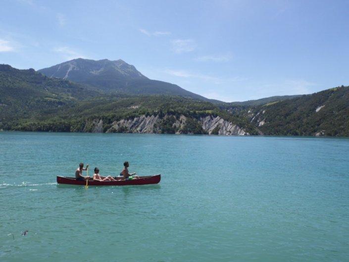viré sur le lac de serre ponçon en ubaye