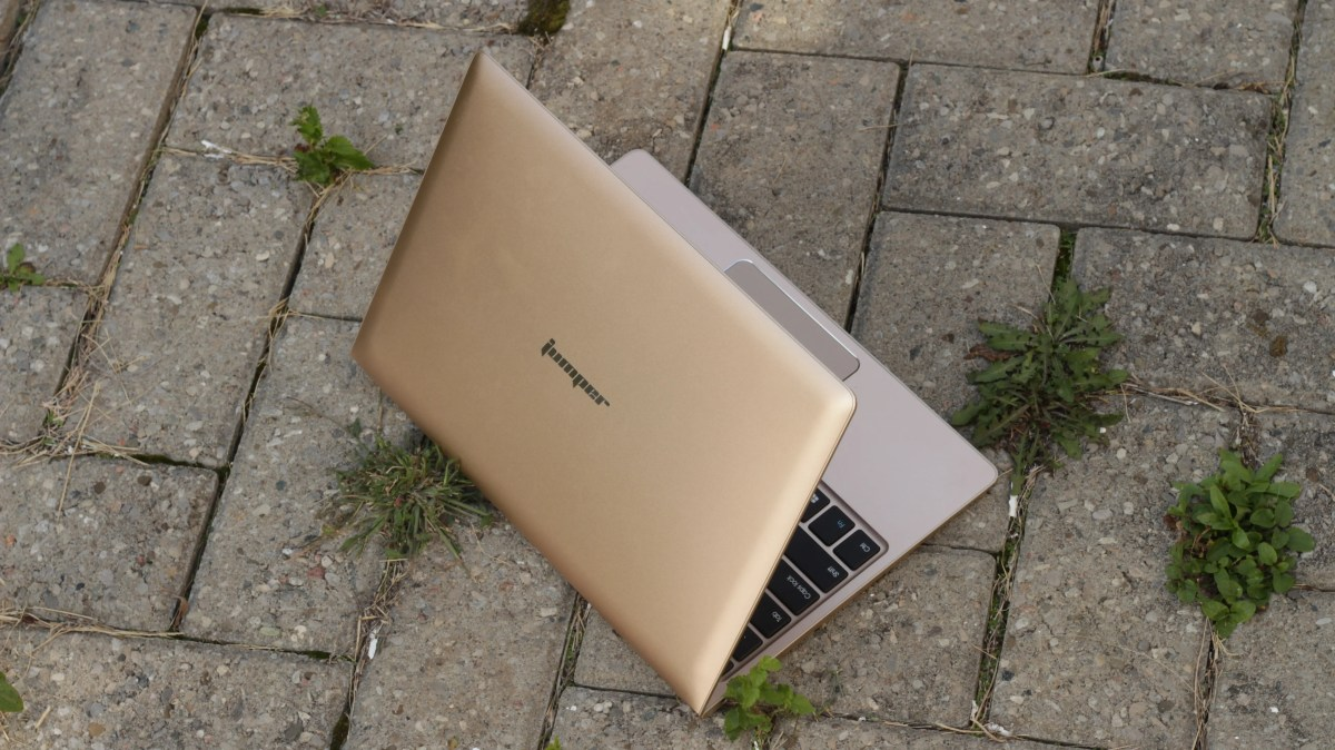 Jumper EZBook Air Review: A Supremely Portable Atom Laptop