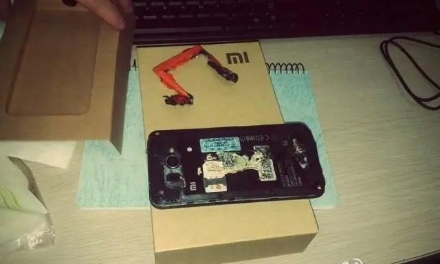 xiaomi mi2 battery explodes hero