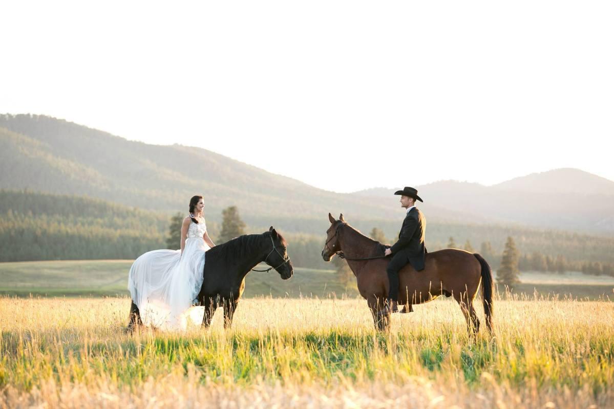 Top Ten Dream Glamping Honeymoons and Wedding Venues