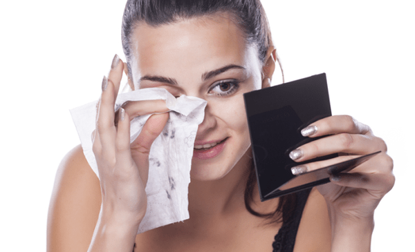 Right Way To Cleanse Your Face With Face Wipes