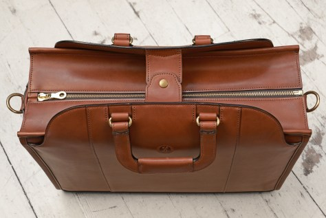 Hand-burnished-espresso-Day-Tote;-17-x-12-x-6-topdown1