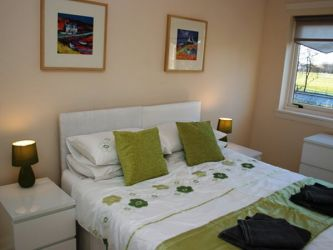 Twin bedroom at Flat on 5he Green 5