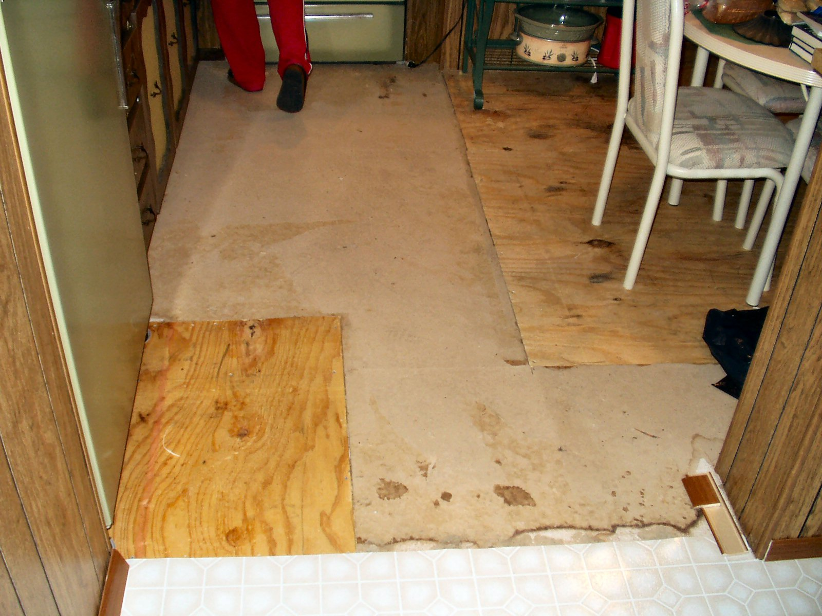 Kitchen vinyl flooring for kitchen Before