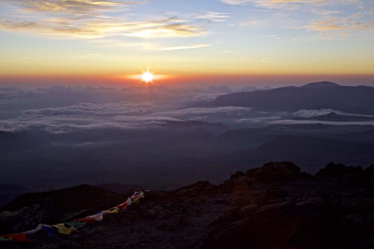 Sonnenaufgang auf dem Piton des Neiges