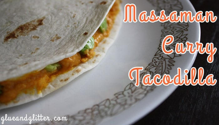Massaman Curry Hummus Tacodilla