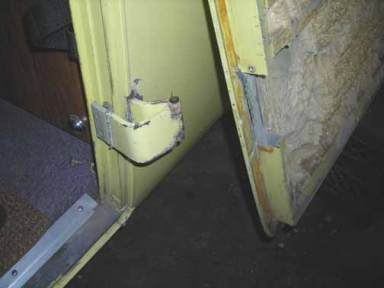 Door-section-out-3