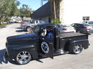 50 Ford truck 17