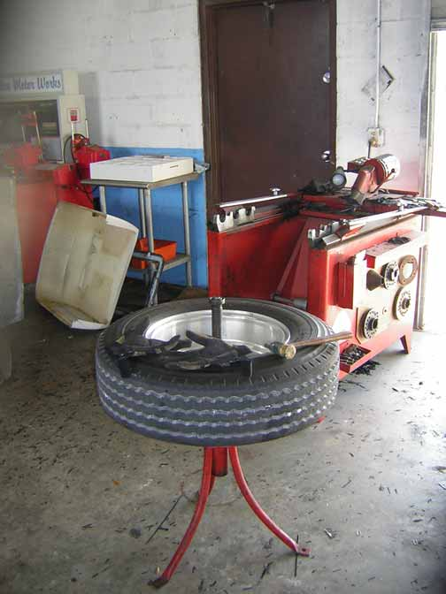 tire truing machine
