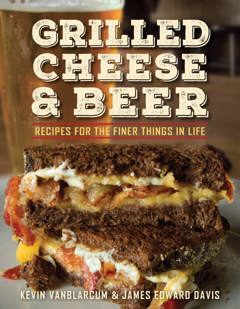 Grilled-Cheese-and-Beer