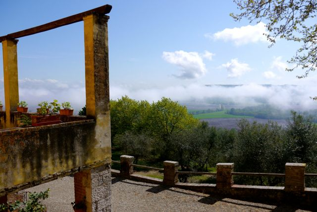 morning mist at tuscan villa