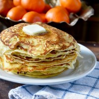 Weekend Brunch: Thin and Crispy Pancakes