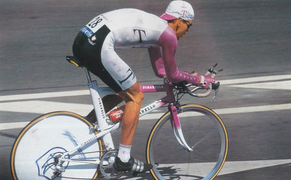 Jan Ullrich bei der Tour de France 1996 - Foto: Numerius (Flickr) CC-BY-ND