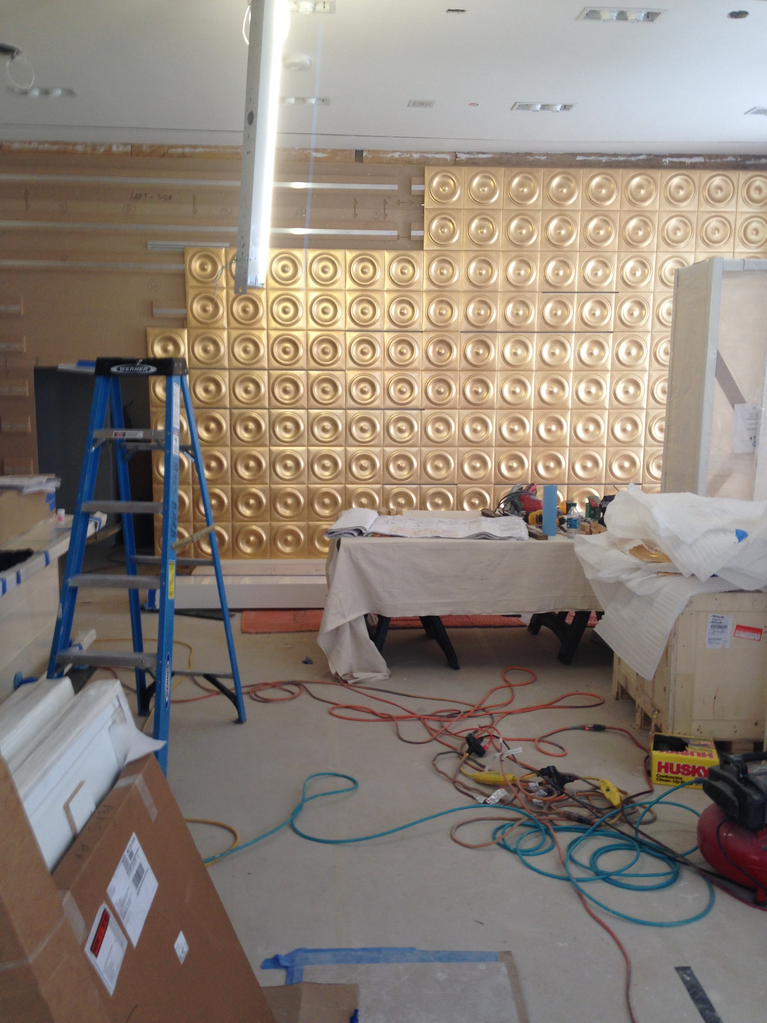 Commercial Wall Decoration and Organization – Golden House Construction