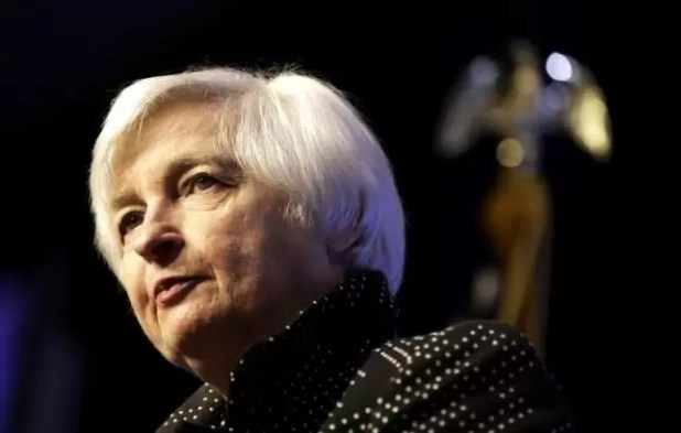 Fed Skips June Increase as Six Officials See One Hike in 2016