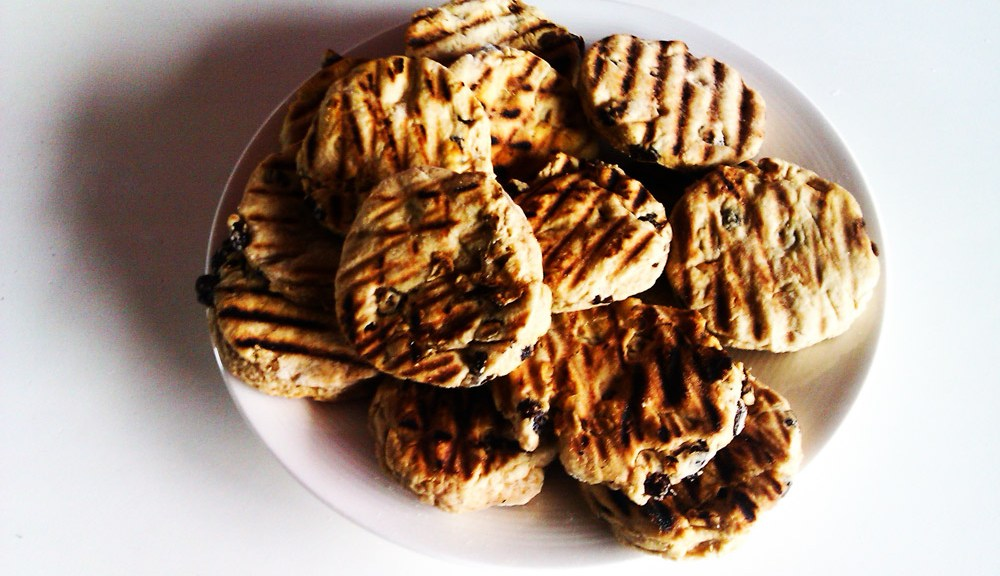 Welsh Cakes; picau ar y maen, pice bach, cacen gri or even teisen radell!