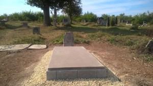 Újraavatják Pethő Dániel síremlékét