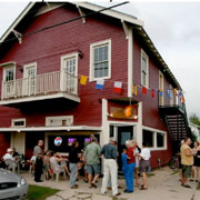 New Orleans' Mid-City Yacht Club Bar